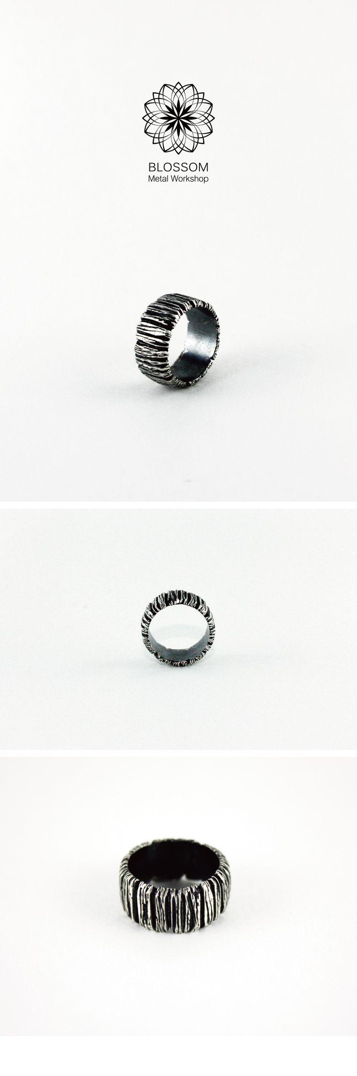 ● 設計款 ─ 【 仿木紋戒指 】