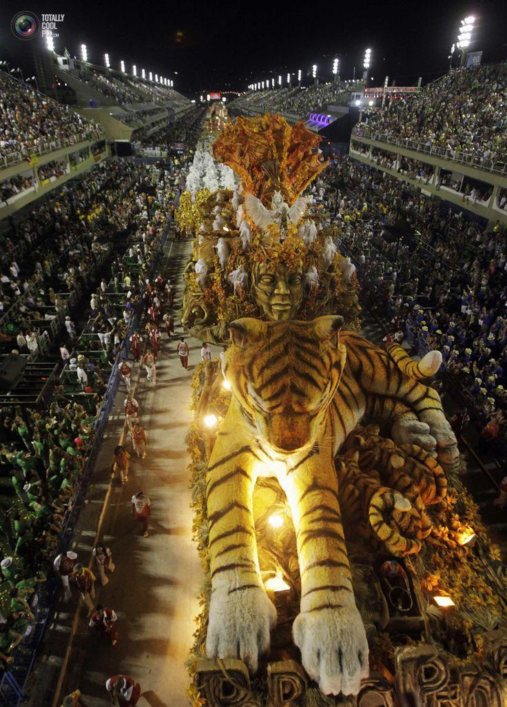 Carnaval parade in Rio de Janeiro. The largest Mardi Gras celebration in the world. #MardiGras #Rio