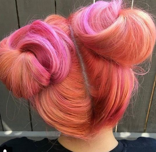 Bringing back to pigtail buns with some pretty nice funky hair