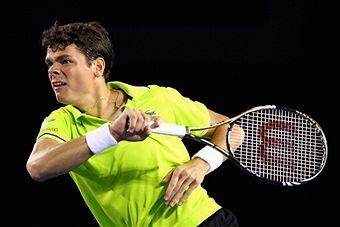 Milos Raonic plays with the Wilson Blade 98 tennis racket - Sports et équipement - Tennis - Wilson
