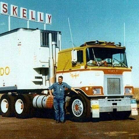 65 best steel cowboys mack cabovers images on pinterest mack semitrckn coe mack f 700 classic fandeluxe Images