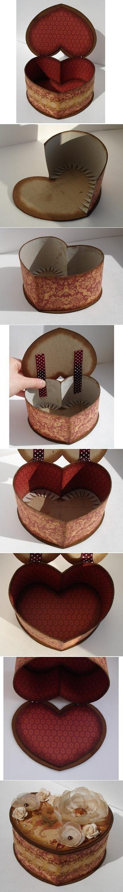 DIY de cartón en forma de corazón de la caja: