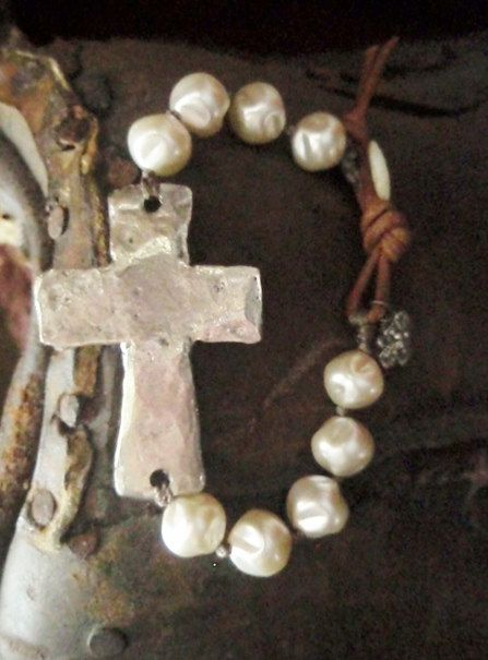 Sideways cross bracelet 'Sacrifice' dimpled cream pearl, rustic hammered silver cross, religious, leather, sundance, southwestern country
