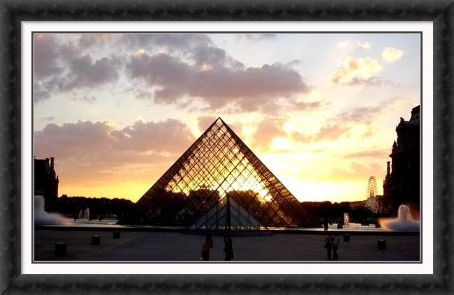 I want to go to Paris France because its cute and is the city of love...