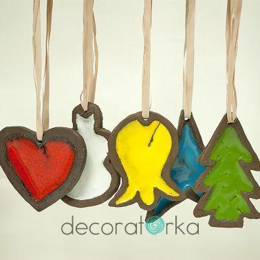 ceramiczne, ręcznie robione zawieszki świąteczne