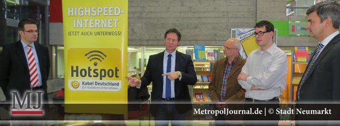 (NM) Stadt hat Hot Spot in Stadtbibliothek einrichten lassen - https://metropoljournal.de/metropol_nachrichten/landkreis-neumarkt_oberpfalz/neumarkt-stadt-hat-hot-spot-in-stadtbibliothek-einrichten-lassen/