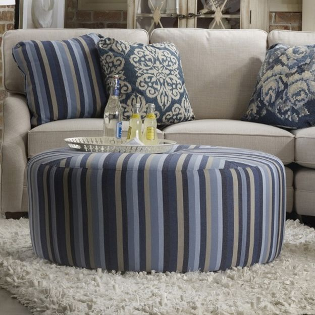 Transitional Style Living Room Furniture: Creating A Transitional Style Living Room