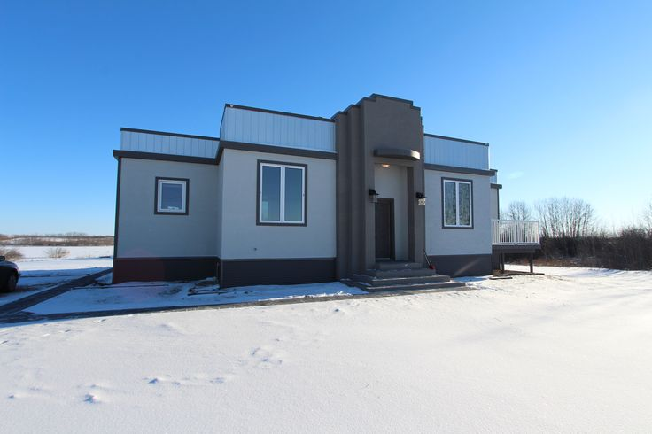 New Listing! Hwy 2 South Acreage $329,900 MLS® Jesse Honch - REALTOR® (306)960-5507 Coldwell Banker ResCom Realty PA Prince Albert, SK