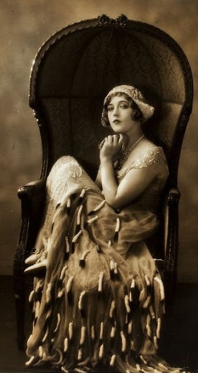 Marion Davies, Beverly of Graustark, 1926 (costume by André-ani, Kathleen Kay, Maude Marsh) (photo by Ruth Harriet Louise)