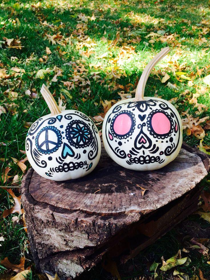 Sugar skull painted pumpkins #DIY #FALL #halloween