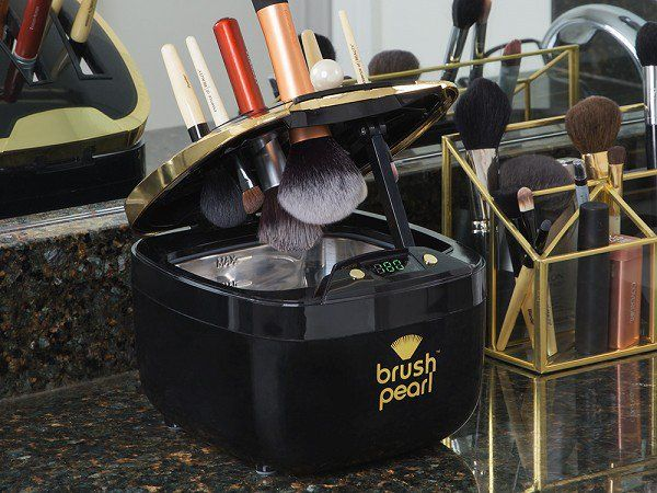 BrushPearl - Ultrasonic Cosmetic Brush Cleaner - Deep clean your makeup brushes with ultrasonic technology. Millions of tiny air bubbles release dirt, oil, and bacteria—leaving brushes like new.