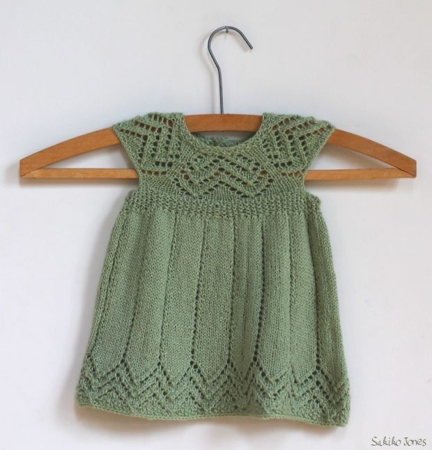 Robe fillette tricot gratuit