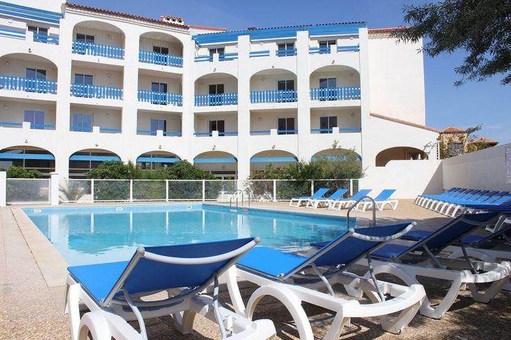 La piscine de la résidence Le Grand Bleu à Port Barcarès.