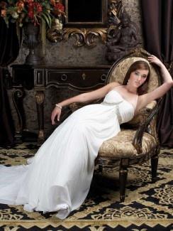 Empire Spaghetti Straps Court Trains Sleeveless Chiffon Wedding Dresses