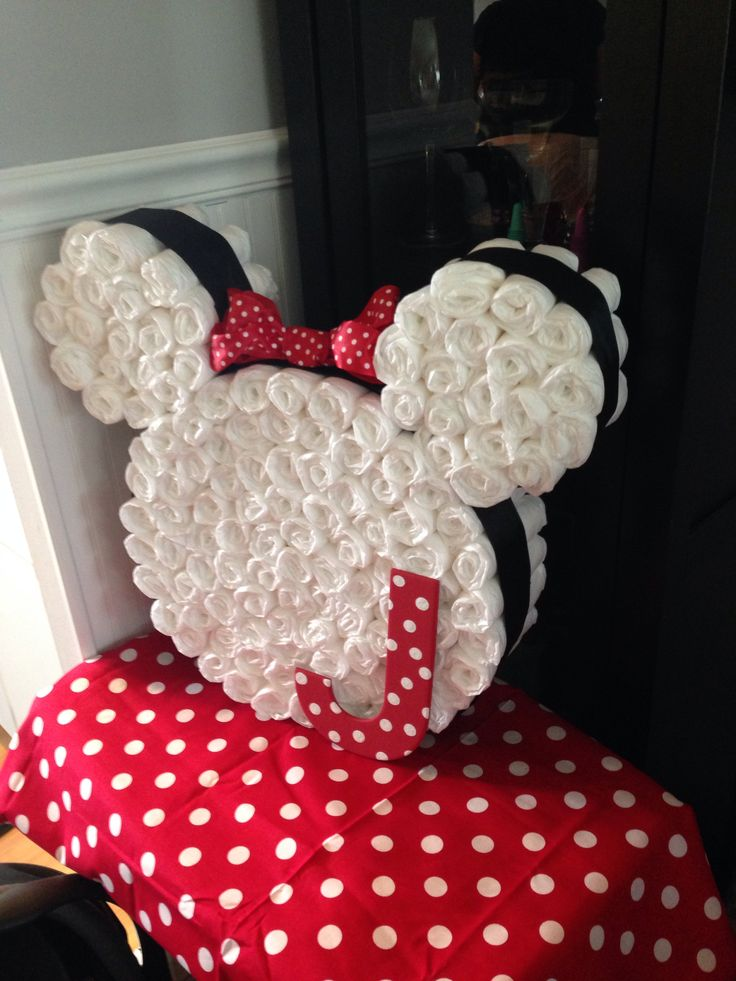 Tarta de pañales Minnie Mouse   -   Minnie Mouse Diaper Cake!