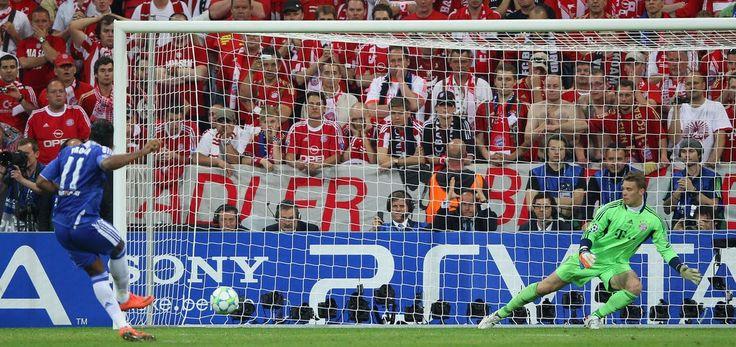 Banh 88 Trang Tổng Hợp Nhận Định & Soi Kèo Nhà Cái - Banh88.info(www.banh88.info) Bóng Đá Quốc Tế (Kenhthethao) - Năm 2012 9 năm từ khi tỉ phú Abramovich mua lại đội bóng. Chelsea với những Terry Lampard Drogba hay Cech vẫn luôn khao khát một danh hiệu Champions League danh giá. Thời gian thì cứ trôi và đỉnh cao của họ cũng đang qua dần. Hãy cùng nghe lại câu chuyện của những chiến binh quả cảm này chiến đấu để giành lấy vinh quang cho đội bóng mà họ yêu.  Stamford Bridge một ngày đầu thu…