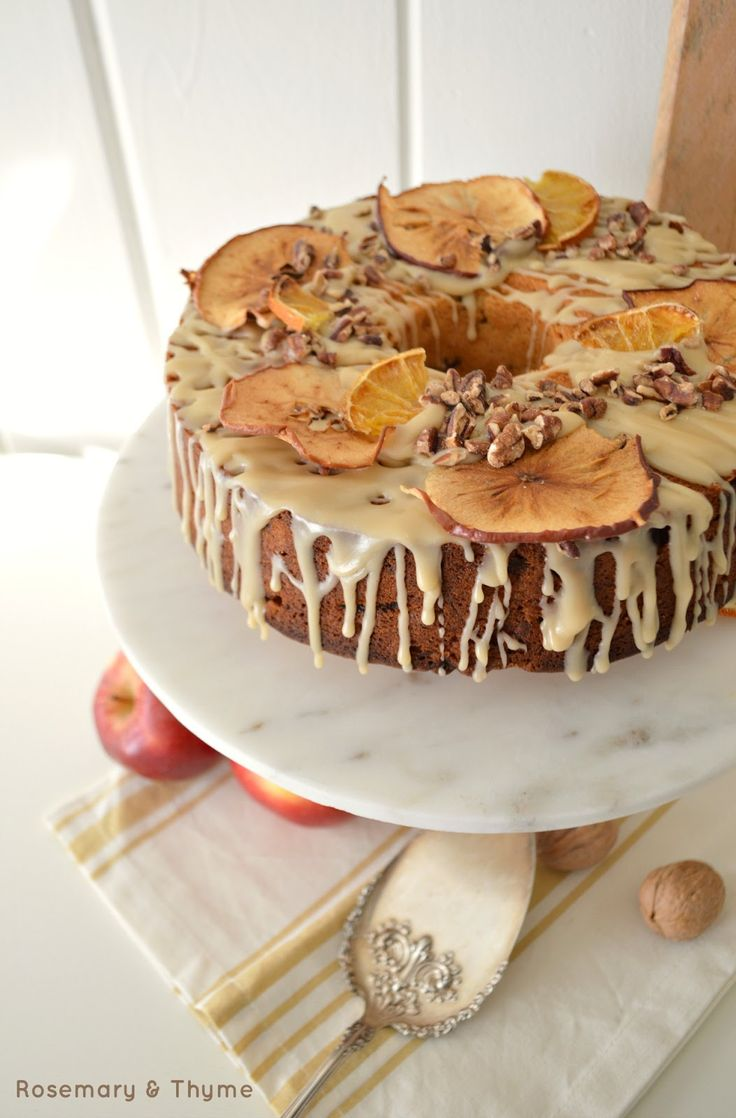 baking, fall baking, apples, cinnamon, apple spice, cake, desserts, tea time sweets, afternoon tea, recetas, manzanas, photography, food photography, holiday baking, food, foodie, postres, sweets, glaze, cake decorating, apple chips