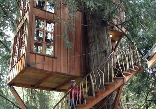 Treehouse hotels! Sign me up! @GoGreenTravelGreen