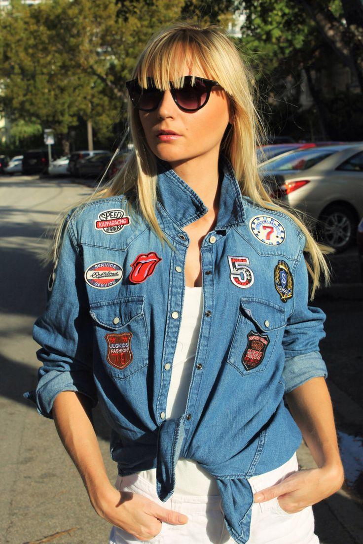 Veste en Jean's // veste ecusson // veste denim // veste rock // veste tendance // veste femme // veste printemps // fait main par MademoiselleLouiseFL sur Etsy https://www.etsy.com/fr/listing/476653022/veste-en-jeans-veste-ecusson-veste-denim