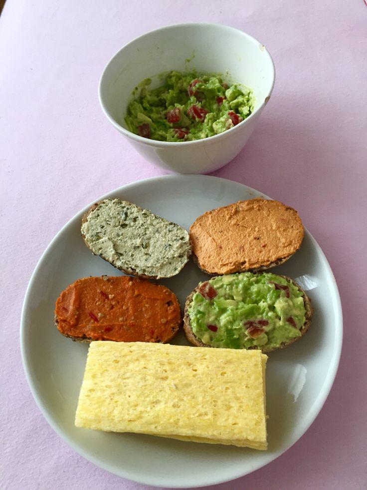 Gluten free breakfast buns with vegan spreads! Also, corn crackers with avocado cream!