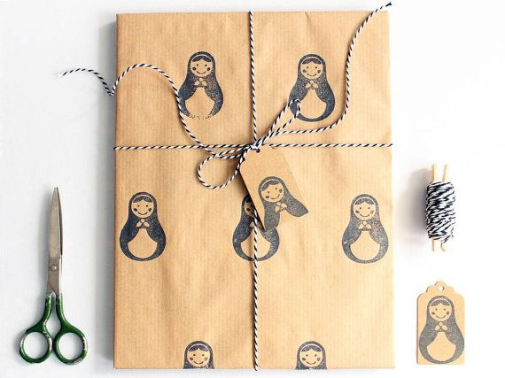 Christmas wrapping paper | Gift wrap set | 1 sheet of paper 70x100cm/27.5x39.5'' | 2 gift tags | 5m/5yd twine | Hand printed | Matryoshka