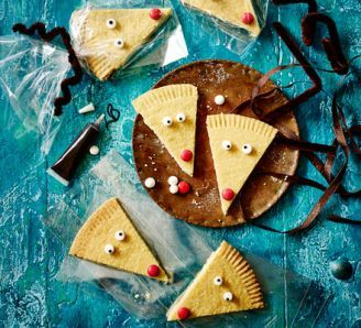 Have some festive fun with the kids, with this selection of recipes that can be made by the smallest of hands.