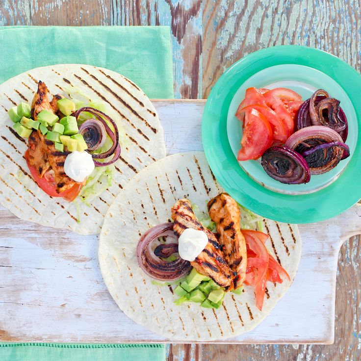Discover how to make this easy Grilled Chicken Tostadas recipe. #Woolworths #Recipe #Mexican #Grilled #Chicken #Tostadas #WhatsForDinner