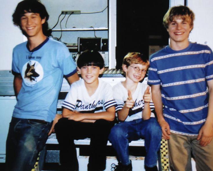 Joseph Gordon-Levitt, Chase Ellison, George Webster, and Brady Corbet on the set of MYSTERIOUS SKIN, August 2003