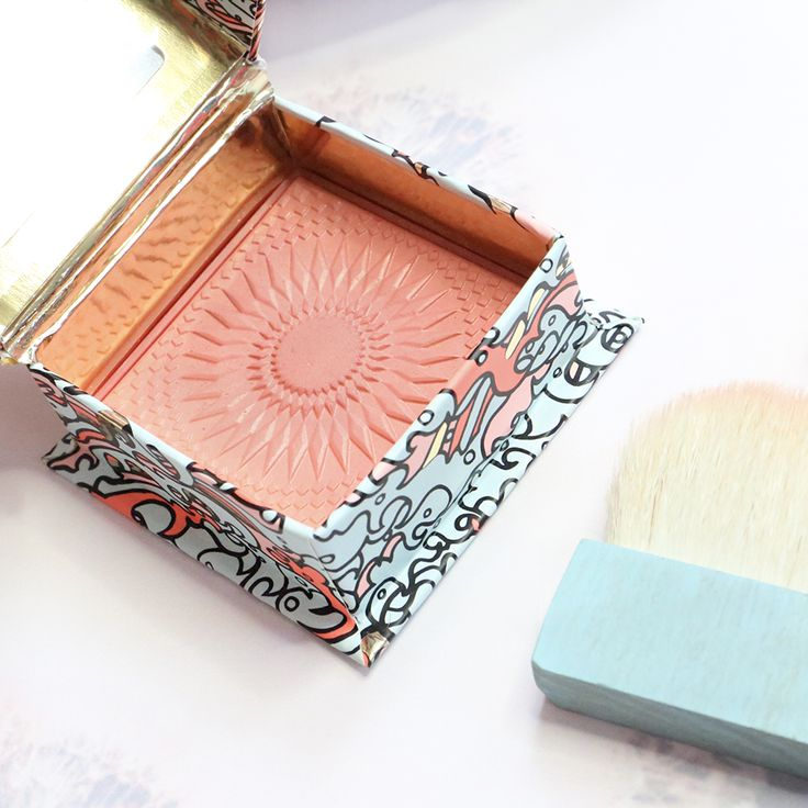 GALifornia dreaming?   Add a little sunshine with this gorgeous golden pink blusher xx