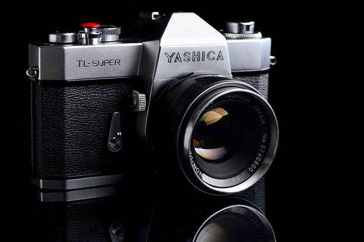 Yashica è pronta al grande ritorno La passione per la fotografia analogica sta, sempre di più, tornando di gran moda. Ci stiamo per caso stancando del digitale o semplicemente rimaniamo affascinati da tutto il processo e alla magia ch #yashica #fotografia #photography
