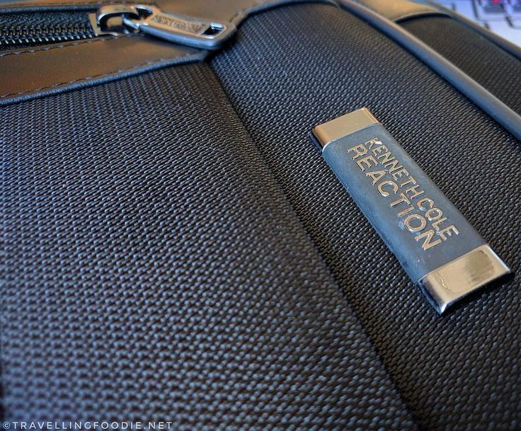 10 Things You Probably Have In Your Bag When Travelling