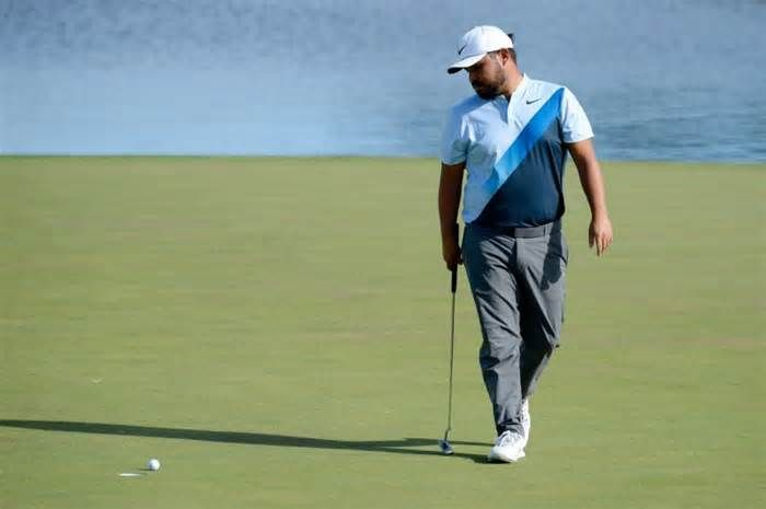 Spaun leads Las Vegas PGA event Las Vegas (AFP) - After missing the cut last year J.J. Spaun shot a 65 in the second round of the Shriners Hospitals for Children Open, which was suspended by darkness for the second straight day. The 27-year-old American, who fired a five-under 66 in the ...