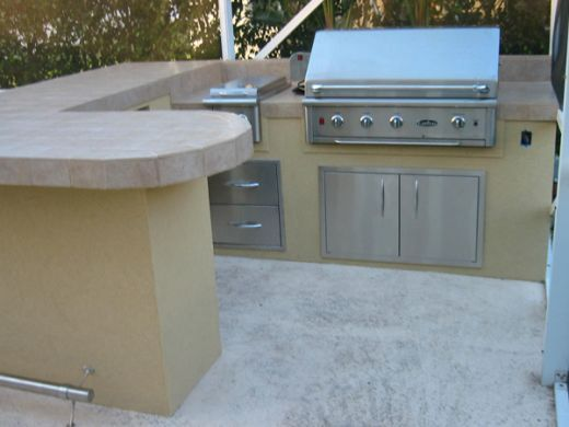 45 best Outdoor Kitchen images on Pinterest Decks, Outdoor spaces - plan de travail pour barbecue exterieur