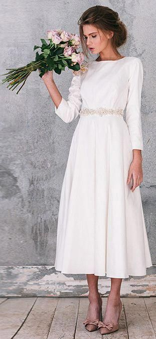 Short wedding dress with long sleeve, midi simple and casual bridal gown winter, tea lenght or long, a-line romantic brautkleid