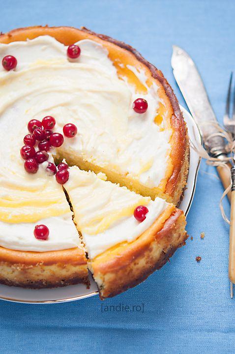 Lemon Curd Cheesecake | Andie