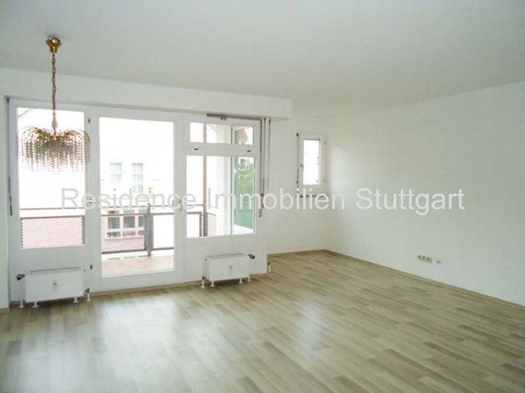 Stuttgart Mitte: Die Modernisierte Sonnige 2 Zimmer Wohnung Mit Großem  Balkon Befindet Sich Im 3. Obergeschoss Eines Gepflegten Stadthauses,  Baujahr 1989.
