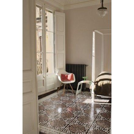 Warme Rosatöne und ein wunderschönes Muster #landhaus #zementfliesen #via