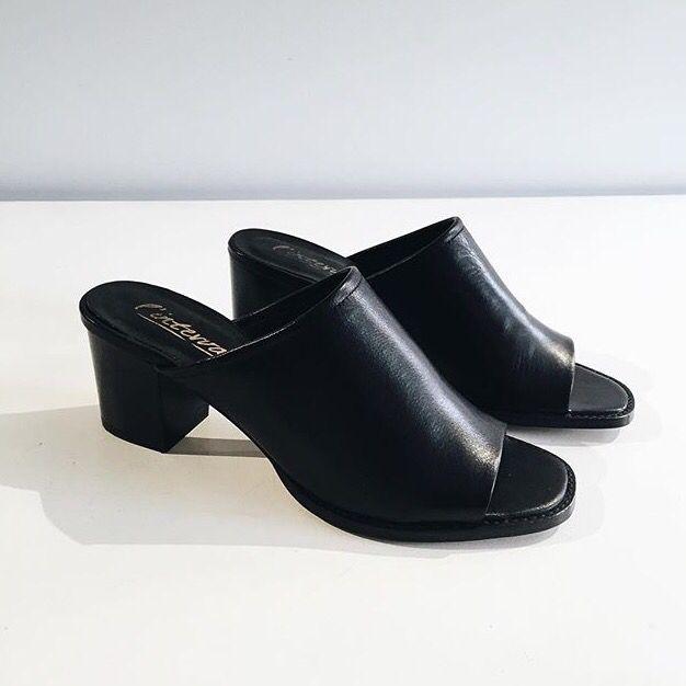 FEUDAL Black leather