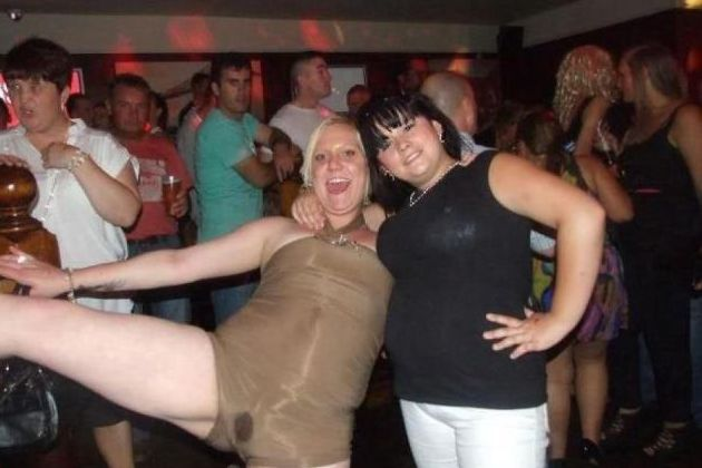 Bilderesultat for embarrassing nightclub photos
