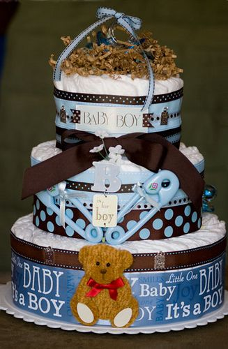 Great tutorial on making a diaper cake for a baby shower.