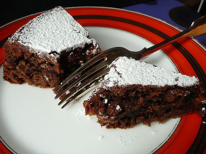AAA ACCADEMIA AFFAMATI AFFANNATI: Torta di nocciole e cioccolato