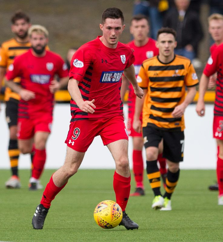 Queen's Park's Thomas Orr in action during the SPFL League One game between Alloa Athletic and Queen's Park.