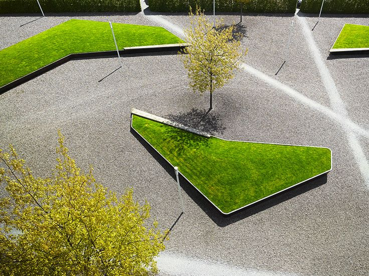 Swiss Landscape Architecture office Robin Winogrond designed a park for Cantonal High School in Wil.