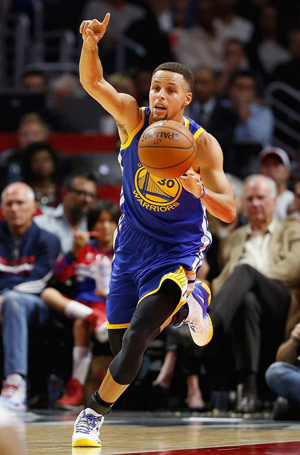 Stephen Curry & Golden State Warriors Go 16-0 For Best Start In NBA History