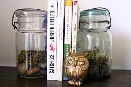 DIY Bookends. Fill jars with dry beans or pasta for the kitchen.