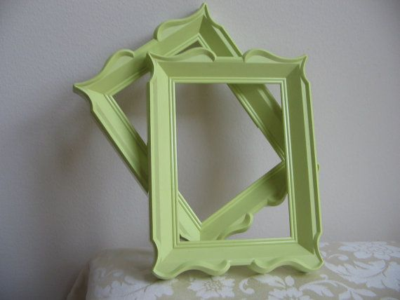Vintage Apple Green Picture Frames - going to spray paint all my old mismatched frames with this!