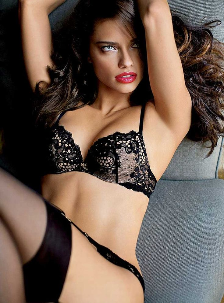 lingerie-in-brazil-woman