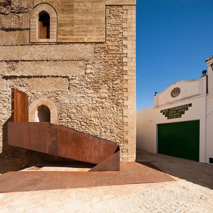 Fernando Visedo Manzanares, Fernando Alda - www.fernandoalda.com · Restoration of the Setenil de la Bodegas Homage´s Tower · Divisare
