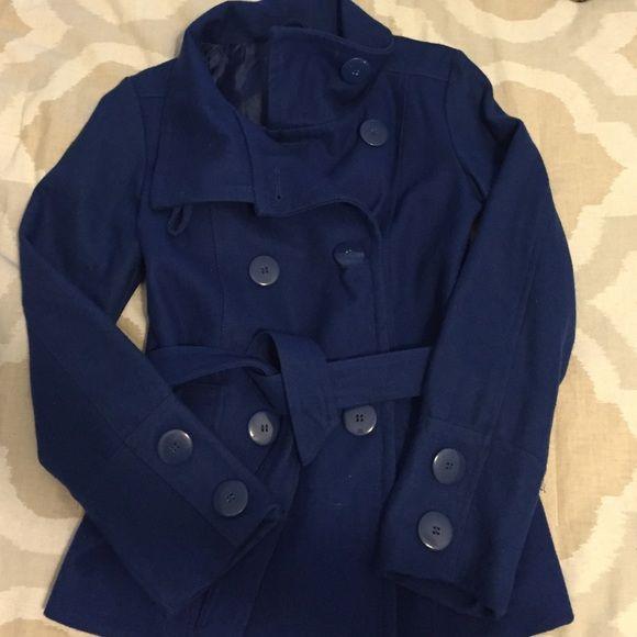 wool Coat Blue wool coat w/lining. Double pockets