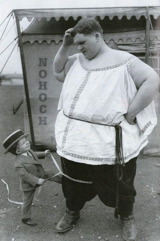 Foire aux monstres : 48 photos vintages et terrifiantes de véritables «Freaks»